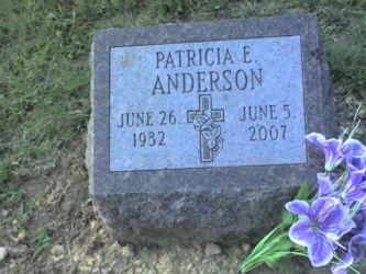 patricia_devigne_anderson_headstone